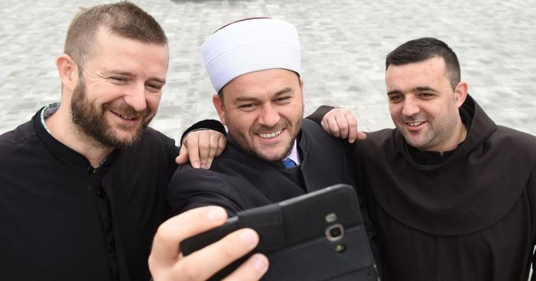 Muhamede, brate, znaš da je Ramazan